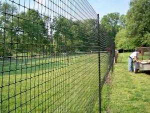 Оградна мрежа – най-доброто решение за Вашия двор