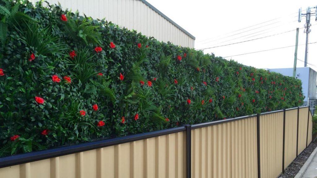 Декоративна плочка за ограда